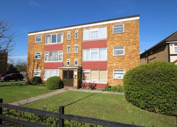 Thumbnail Flat to rent in Coldharbour Lane, Bushey