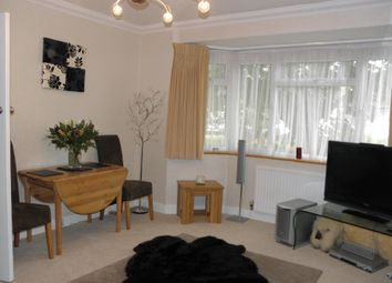 Thumbnail 1 bed flat to rent in The Walk, Potters Bar