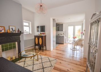 Thumbnail 2 bedroom flat for sale in Fordel Road, London