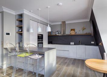 Thumbnail 2 bedroom flat to rent in Eccleston Street, London