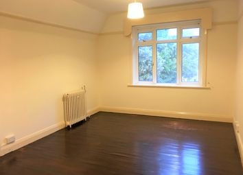 f79328c190521 Thumbnail 1 bedroom flat to rent in Hampshire Court, Bourne Avenue, Town  Centre,