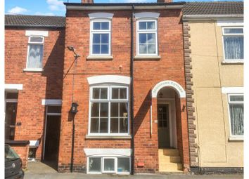 Thumbnail 3 bed town house for sale in Dudley Road, Grantham