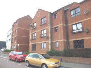 Thumbnail 2 bed flat to rent in Adam Smith Court, Kirkcaldy