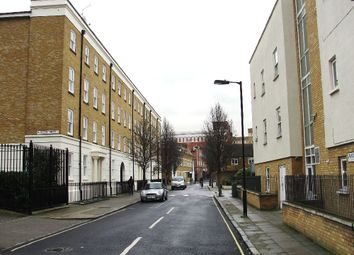 Thumbnail 3 bedroom flat to rent in SE1