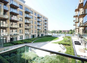 Thumbnail 2 bed flat to rent in Fulham Reach, Regatta Lane, Fulham