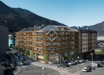 Thumbnail 4 bed apartment for sale in Andorra, Escaldes, And30171