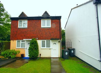 Thumbnail 2 bed property to rent in Ashingdon Close, Chingford, London