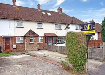 Thumbnail 1 bed flat to rent in Pollards Oak Road, Hurst Green, Oxted, Surrey