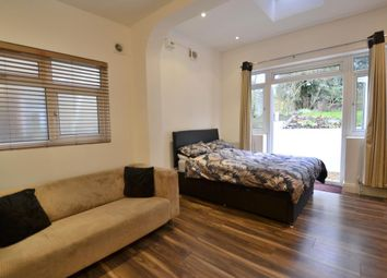 Thumbnail Terraced house for sale in Mayfield Road, Surrey