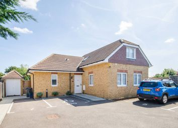 Thumbnail 3 bed bungalow for sale in Sydenham Road, Croydon