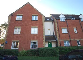 2 bed flat to rent in Carte Place, Langdon Hills, Basildon SS16