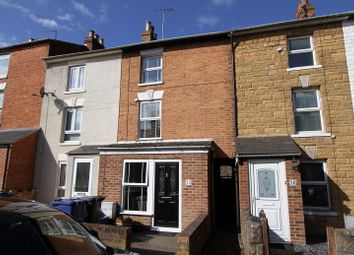 3 bed terraced house to rent in Centre Street, Banbury OX16