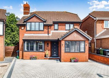 Thumbnail 4 bedroom detached house for sale in Caister Close, Hemel Hempstead, Hertfordshire