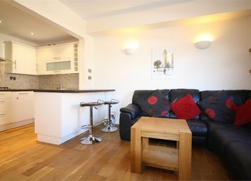 2 bed flat to rent in Derby Road, Stapleford, Nottingham NG9