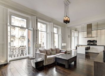Thumbnail 4 bedroom maisonette for sale in Queens Gate, South Kensington