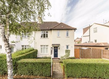 3 bed semi-detached house to rent in Thornhill Road, Tolworth, Surbiton KT6