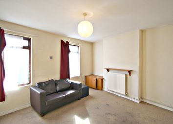 Thumbnail 2 bed property to rent in Andover Road, Winchester