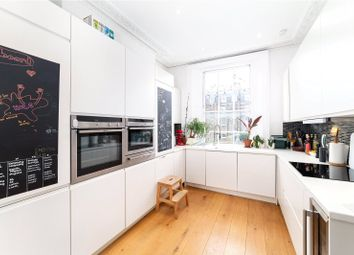 2 bed maisonette to rent in Albert Street, London NW1