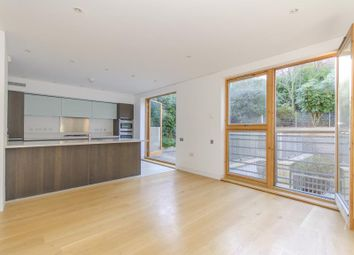Thumbnail 5 bedroom detached house to rent in Ash Grove, London