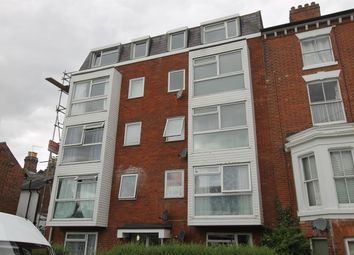2 bed flat to rent in Wellesley Road, Colchester CO3