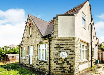 Thumbnail 3 bed detached house to rent in Brian Avenue, Moldgreen, Huddersfield