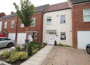 Thumbnail 4 bed town house for sale in Ver Brook Avenue, Markyate, St Albans