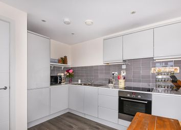 Thumbnail 2 bed flat for sale in Thame, Oxfordshire