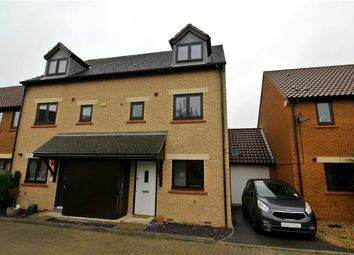 Thumbnail 4 bed town house to rent in Rowton Heath, Oakhill, Milton Keynes