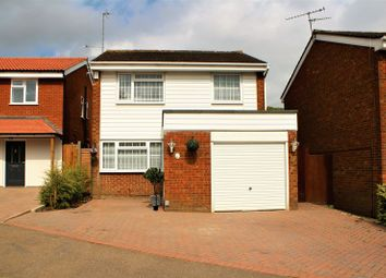Thumbnail 3 bed detached house for sale in Aragon Close, Hemel Hempstead
