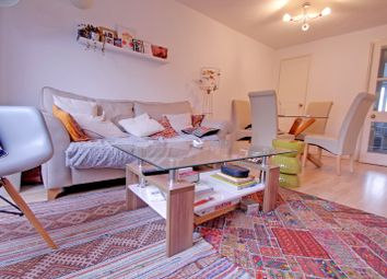 Thumbnail 2 bed flat to rent in Discovery Walk, London