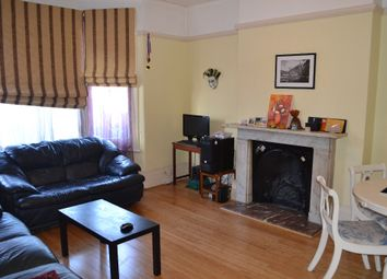 Thumbnail 1 bed flat to rent in Park Avenue, Ilford