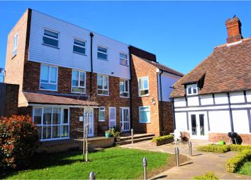 Thumbnail 2 bed flat for sale in Foots Cray High Street, Sidcup