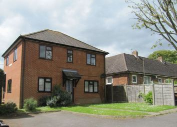 Thumbnail 2 bed flat to rent in Seymour Court Road, Marlow