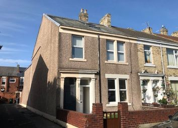2 bed flat to rent in Princes Street, North Shields NE30