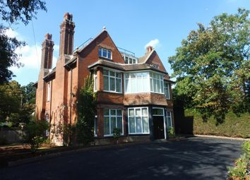 Thumbnail 10 bed property to rent in Oathall Road, Haywards Heath