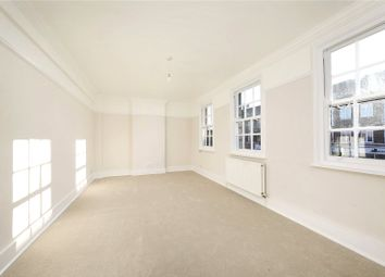 Thumbnail 3 bedroom flat to rent in Upper Richmond Road West, Sheen, London