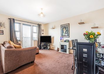 Thumbnail Flat for sale in Coppetts Road, London