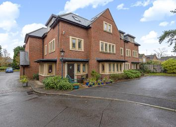Thumbnail 2 bed flat for sale in Ascot, Berkshire