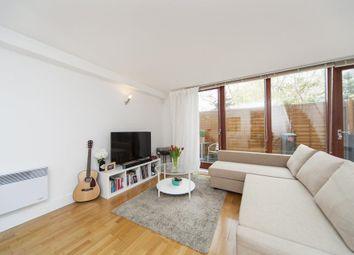 Thumbnail 3 bedroom flat to rent in Adler Street, London