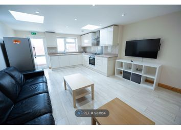 Thumbnail 6 bed terraced house to rent in De Beauvoir Road, Reading