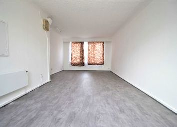 Thumbnail 4 bed flat to rent in Brook Crescent, London