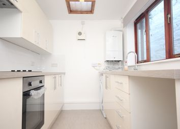 2 bed terraced house to rent in Mutley, Plymouth PL4
