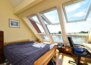 4 bed property to rent in Crabtree Lane, Bishop's Park SW6