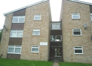 2 bed property to rent in Hayling Court, Broadfield, Crawley RH11