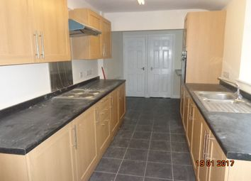Thumbnail 2 bed town house to rent in Church Street, Gainsborough