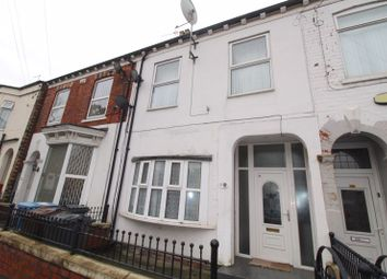 Thumbnail 5 bed terraced house for sale in Alliance Avenue, Hull