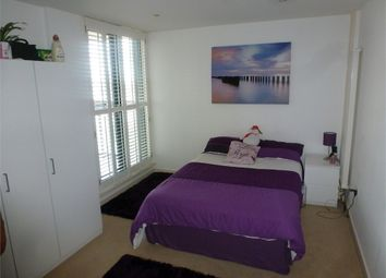Thumbnail 3 bed flat to rent in Hallings Wharf Studios, Channelsea Road, Stratford