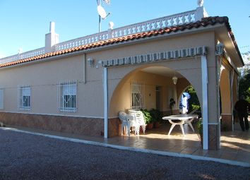 Thumbnail 3 bed country house for sale in Albatera, Spain