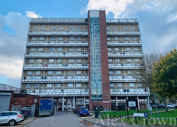 Thumbnail 2 bed flat for sale in College Gardens, London