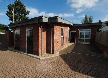Thumbnail 2 bed detached bungalow to rent in Hillside Avenue, Southampton